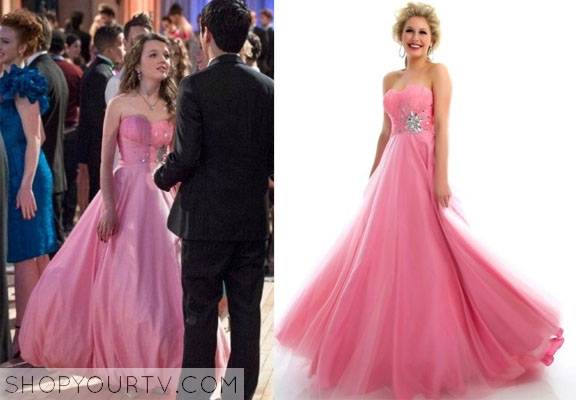 THE CARRIE DIARIES: SEASON 2 EPISODE 12 DORRIT\'S Pink Prom Dress ...