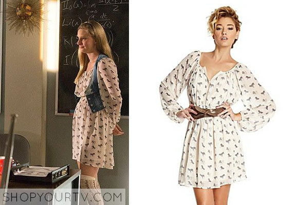 Brittany Fashion, Clothes, Style and Wardrobe worn on TV
