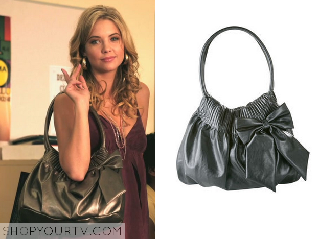 a11f9bca86 Hanna Marin (Ashley Benson) wears this silver bow bag in this episode of Pretty  Little Liars. hannabowbag. hannabowbag