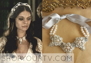 Reign: Season 1 Episode 16 Kenna's Pearl and Lace Necklace