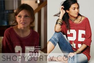 Star-Crossed: Season 1 Episode 7 Emery's Pink Sleepshirt