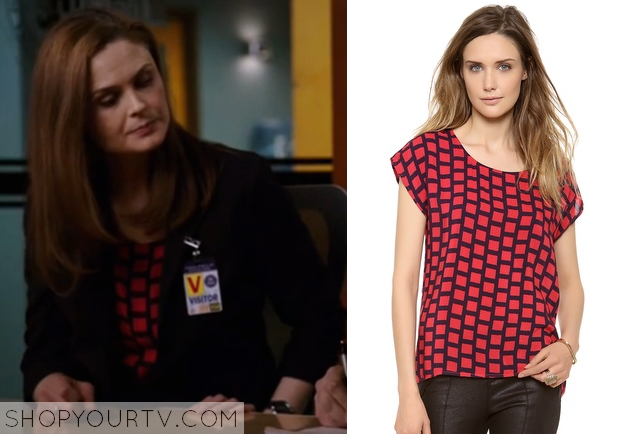 Dr Temperance Brennan Fashion, Clothes, Style and Wardrobe worn on