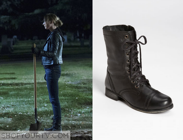 Revenge: Season 3 Episode 22 Emily's Black Combat Boots | Shop Your TV