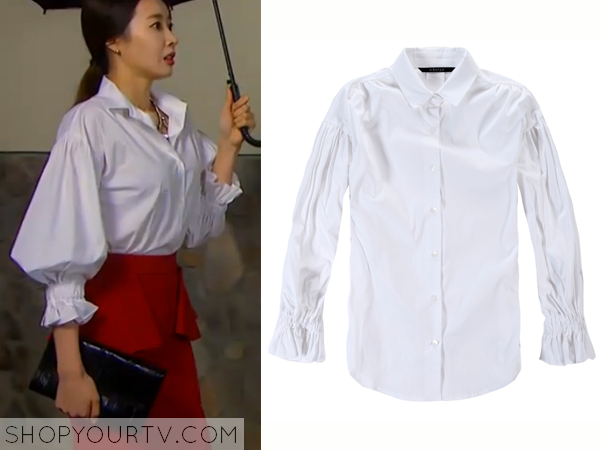 Song Chae Kyung's White Puffed Sleeve Blouse