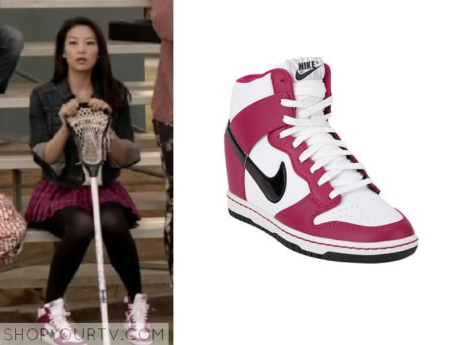 Teen Wolf: Season 4 episode 3 Kira's pink and white wedge