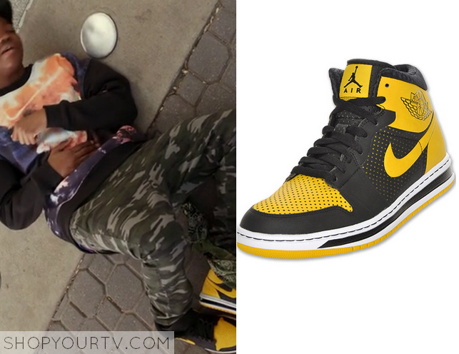 black and yellow jordan 1 outfit