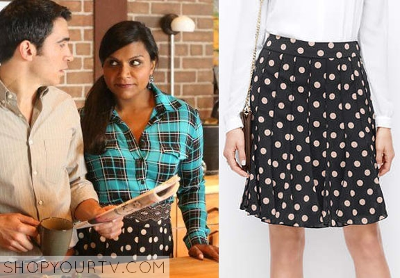 5237afcc32 The Mindy Project Fashion, Outfits, Clothing and Wardrobe on FOX's ...