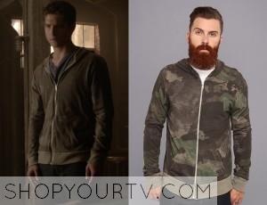 Teen Wolf: Season 4 episode 11 Scott's camo hoodie