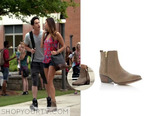 The Vampire Diaries Season 6 Fashion, Clothes, Style and