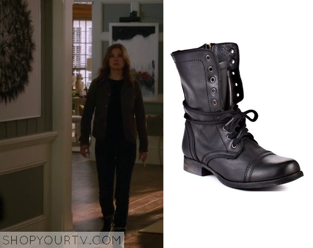 emily thorne black leather boots