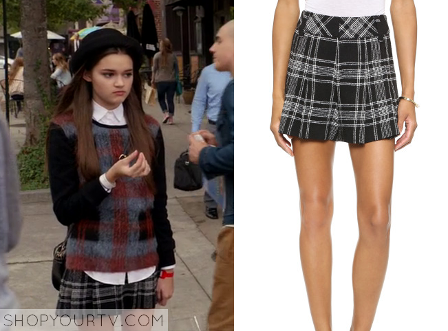 emma black plaid shorts