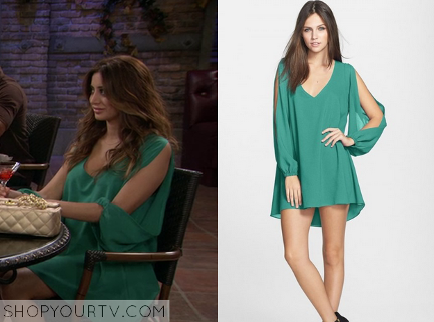 lacey green slit sleeve
