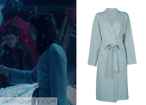 clara blue robe