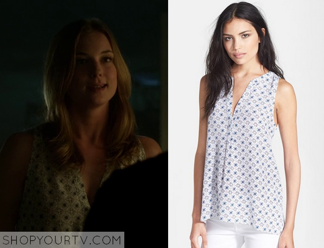 emily thorne printed blouse