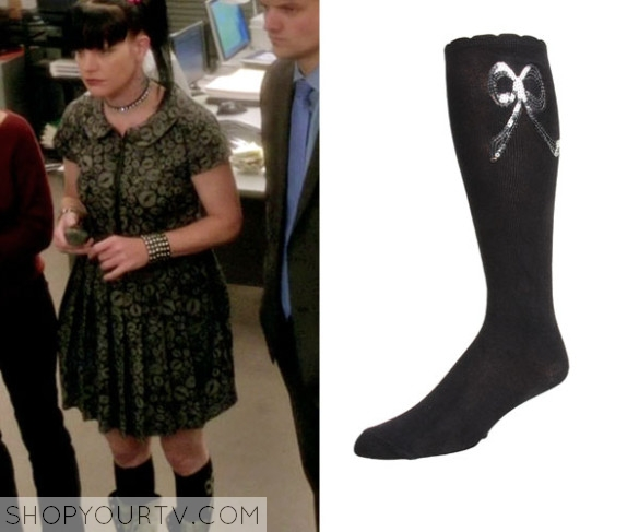 NCIS1017_AbbyOutfit03