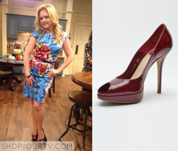 Melissa and Joey Fashion, Outfits, Clothing and Wardrobe on