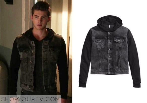 Theo Raeken Fashion Clothes Style And Wardrobe Worn On