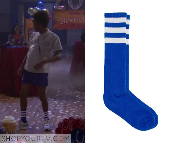 1x17 Bella and the Bulldogs Troy's Blue and White Socks