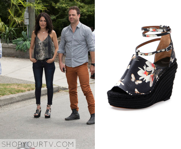 abby floral wedges