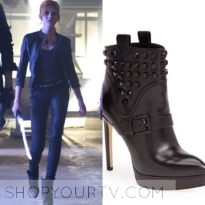 Shadowhunters: Season 1 Episode 3 Clary's Studded Boots