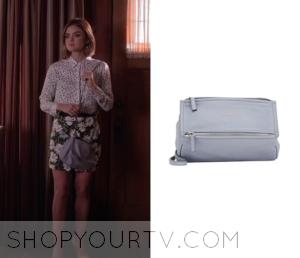 Pretty Little Liars: Season 6 Episode 17 Aria's Blue Zip Bag
