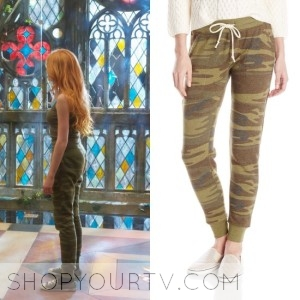 Shadowhunters: Season 1 Episode 5 Clary's Camouflage Pants