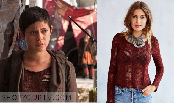 The Maze Runner - The Scorch Trials: Brenda's Distressed Sweater |