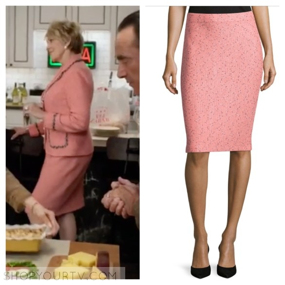 candace von-weber pink tweed skirt odd mom out suit