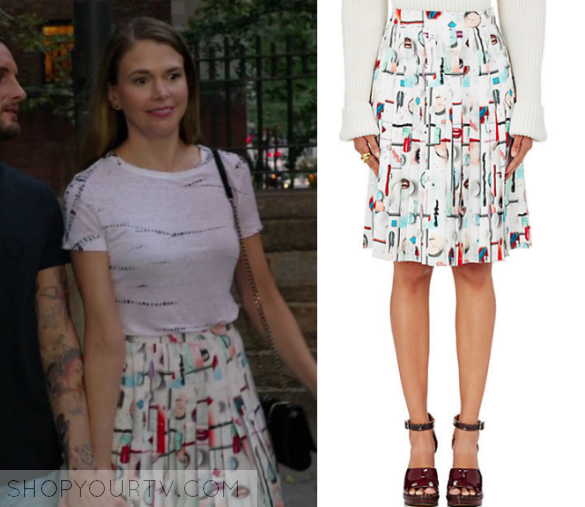b825db9afee9 Younger  Season 3 Episode 10 Liza s Printed Pleated Skirt