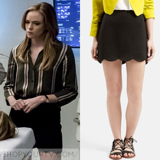 2e7d48b3c930af THE FLASH  SEASON 3 EPISODE 17 CAITLIN S BLACK SCALLOPED SKIRT