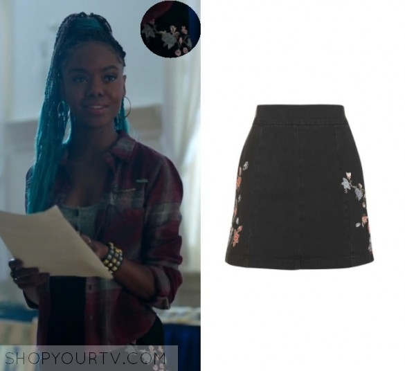 stunning josie from riverdale outfits show