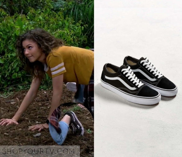 2 Wardrobe Worn Shows And Of Vans Tv Page FashionClothesStyle On QCtrshd