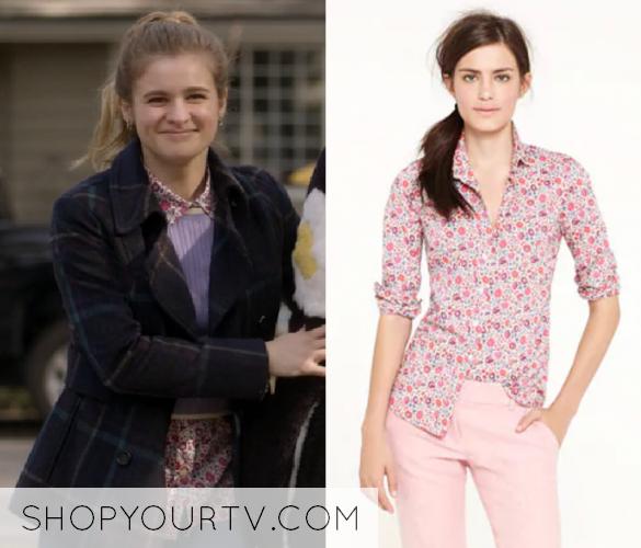 Atypical  Season 1 Episode 8 Paige s Floral Button Down Shirt d39c2e1df