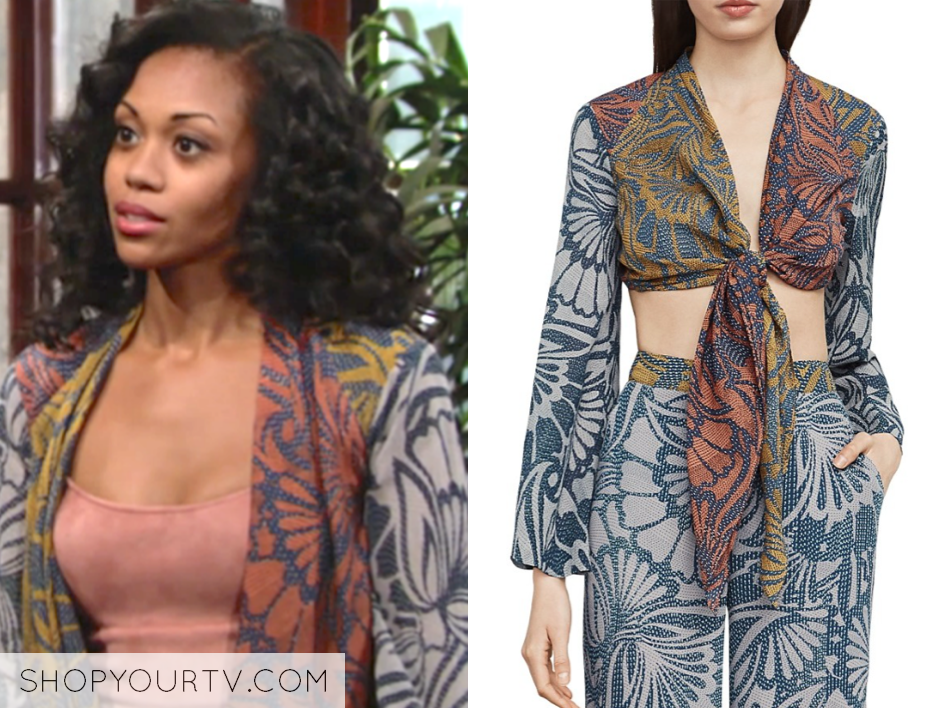 hilary curtis, the young and the restless, printed kimono top