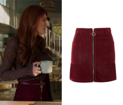 Famous in Love: Season 2 Episode 4 Paige's Burgundy Zip