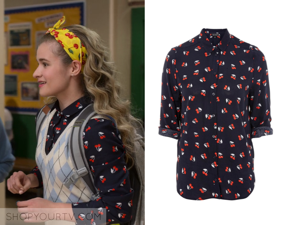 Atypical  Season 2 Episode 7 Paige s Cherry Printed Shirt 67052a589