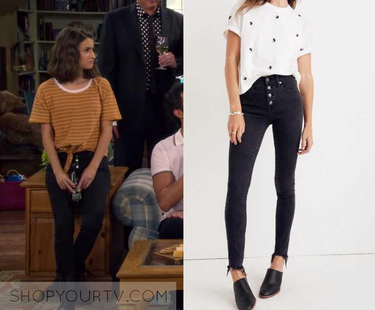 ec9c882c55 Fuller House  Season 4 Episode 9 Ramona s Button Down Jeans