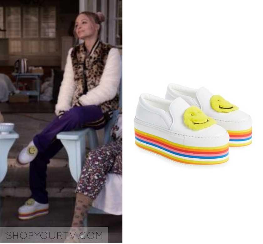 84d7d7281361 Grace and Frankie: Season 5 Episode 2 Kareena G's Smile Rainbow Sneakers