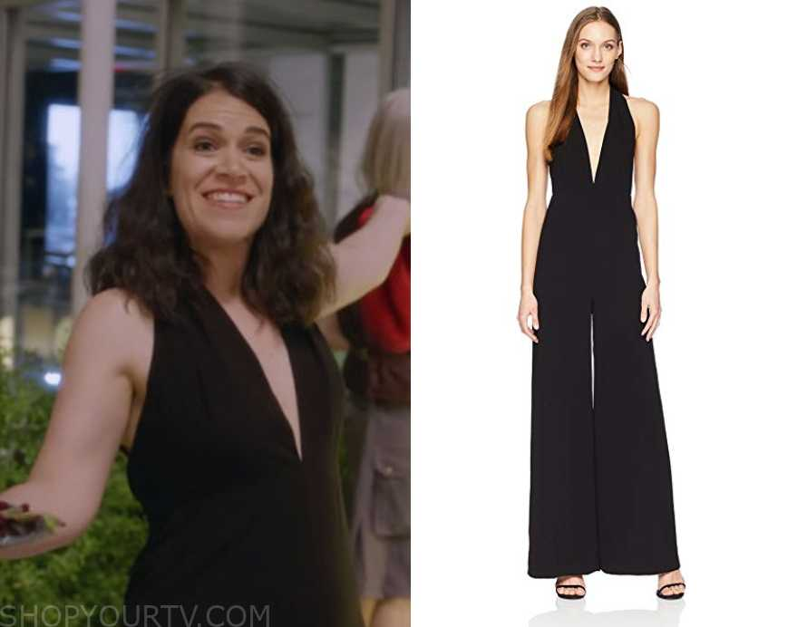 Broad City Fashion, Clothes, Style and Wardrobe worn on TV