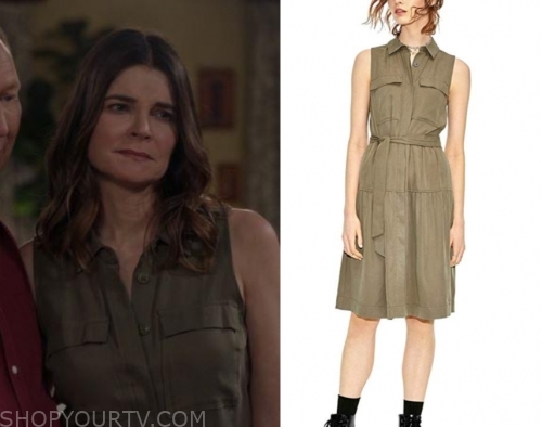 Life in Pieces: Season 1 Episode 8 Heather's Scoop Neck