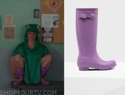 Workin' Moms: Season 3 Episode 8 Val's Purple Boots | Shop