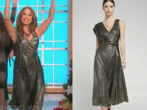 carrie ann inaba's gold metallic asymmetric dress