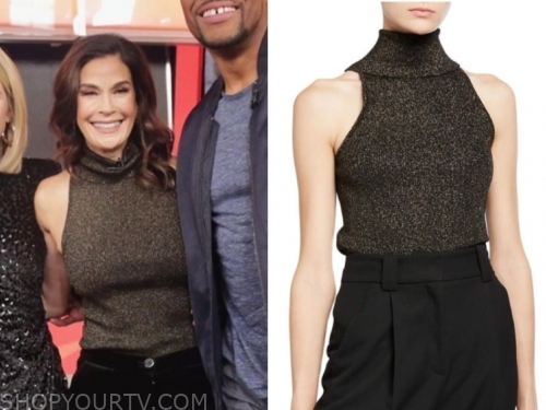 teri hatcher's gold metallic turtleneck sleeveless top