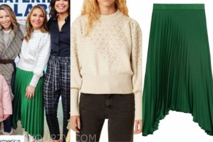 lori bergamotto's green pleated skirt and ivory sweater