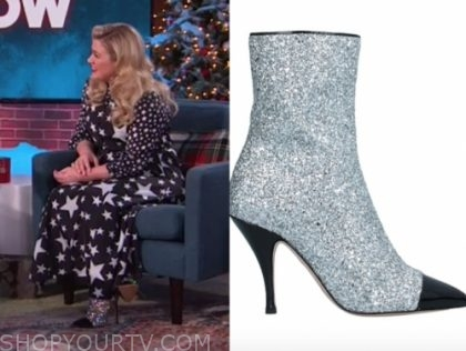 kelly clarkson's silver sequin boots