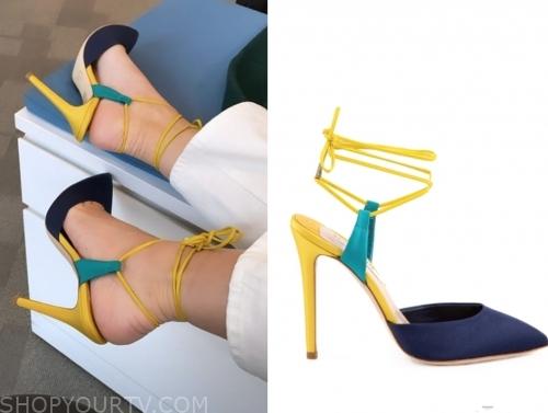 morgan stewart's colorblock heels, e! news