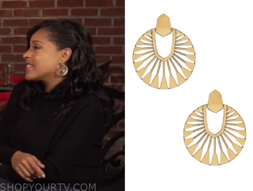 sheinelle jones, gold cutout disc earrings, the today show