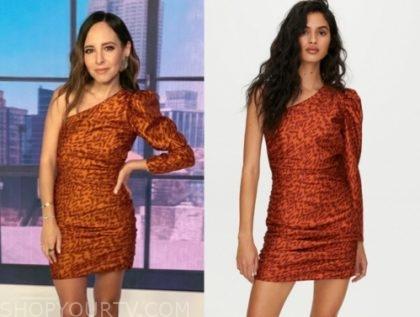 lilliana vazquez, E! news, orange printed one-shoulder dress
