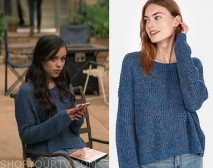 You Season 2 Episode 3 Ellie S Blue Knit Sweater Shop Your Tv