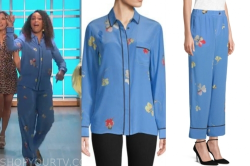 the talk, eve, blue floral contrast trim blouse and pants